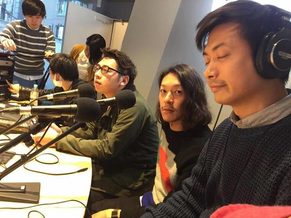 radio06-2.jpg
