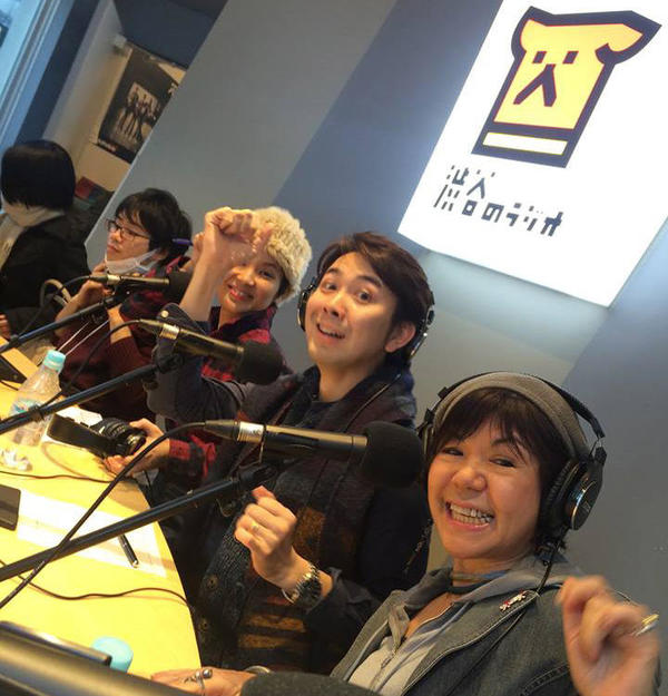 radio02-2.jpg